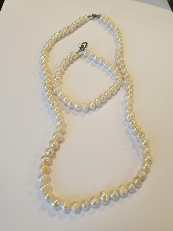 Pärlor - Set med Halsband & Armband - Vit