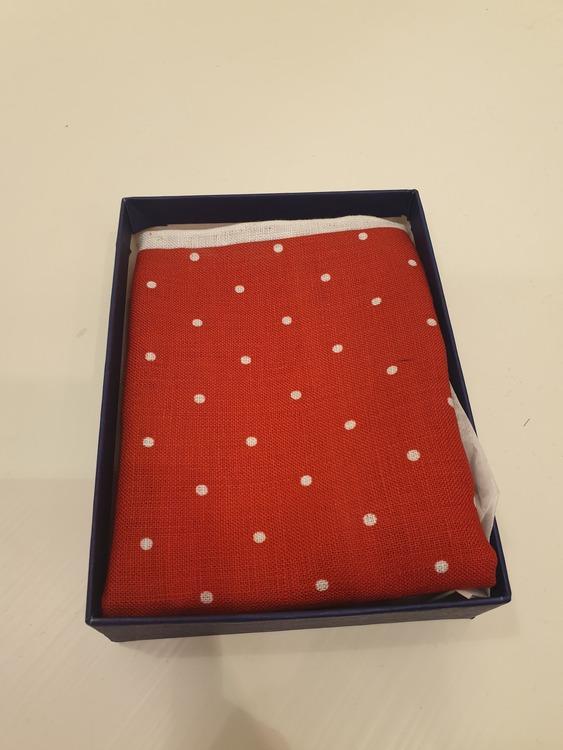 Näsduk - Röd m. vita prickar
