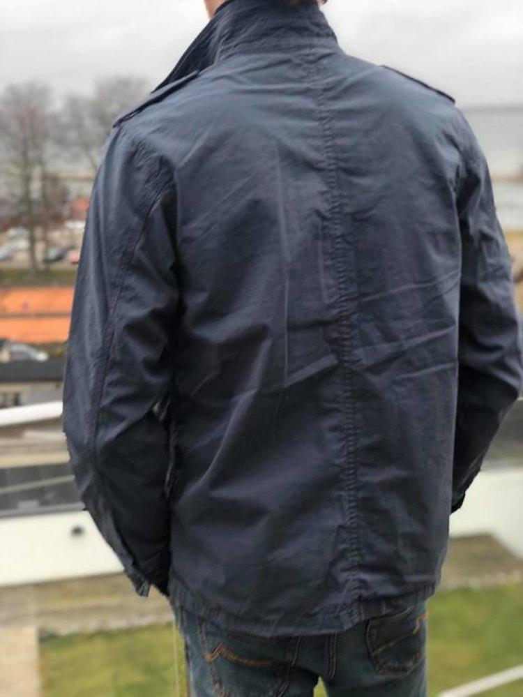 HARTFORD - JOSHUA - VÅRJACKA - TVÄTTAD INDIGOBLÅ