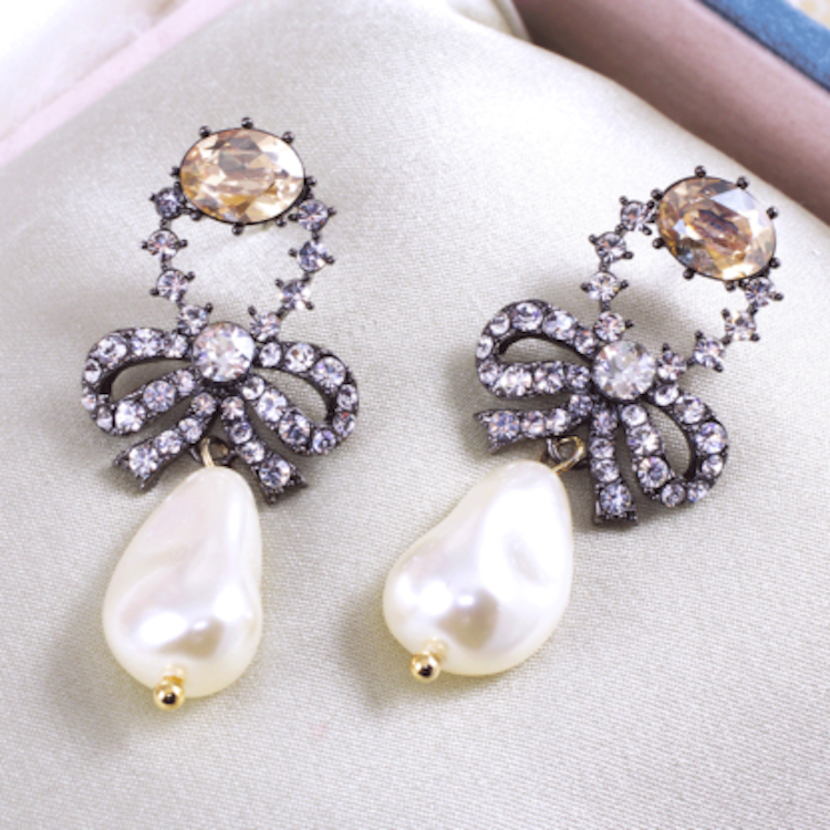 Lily and Rose - ANTOINETTE PEARL EARRINGS
