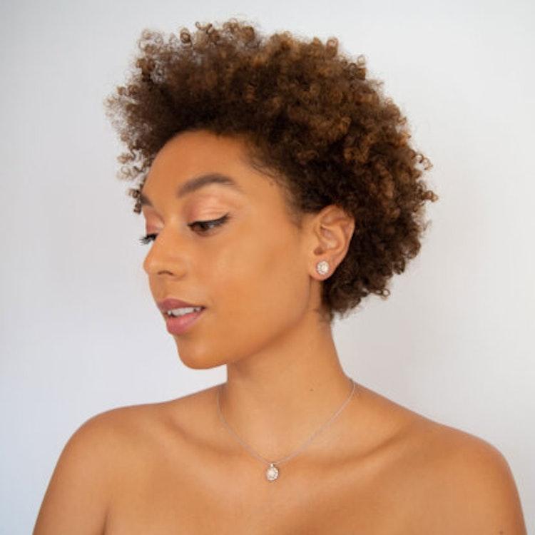 MISS SOFIA EARRINGS – OYSTER Silver