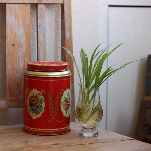 Plåtburk - Kaffeburk Röd Blommig