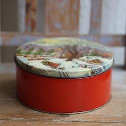 Plåtburk - Röd med Vintermotiv
