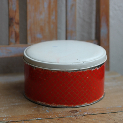 Plåtburk - Röd Vit Rutig