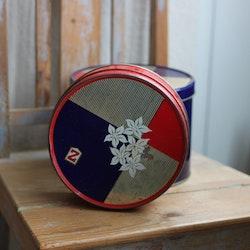 Plåtburk - Röd med Dekor