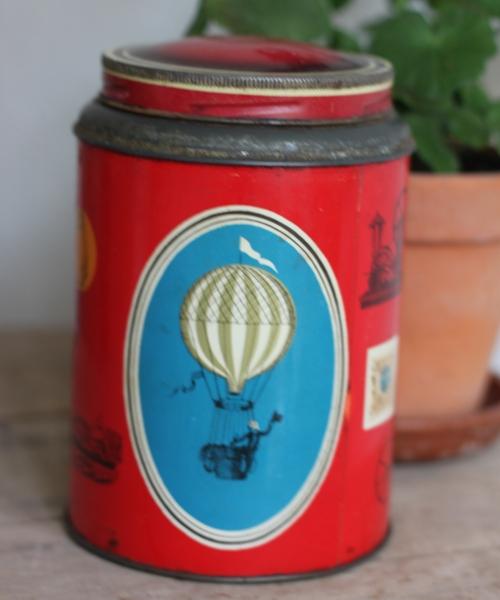 Plåtburk - Kaffeburk Röd med Motiv