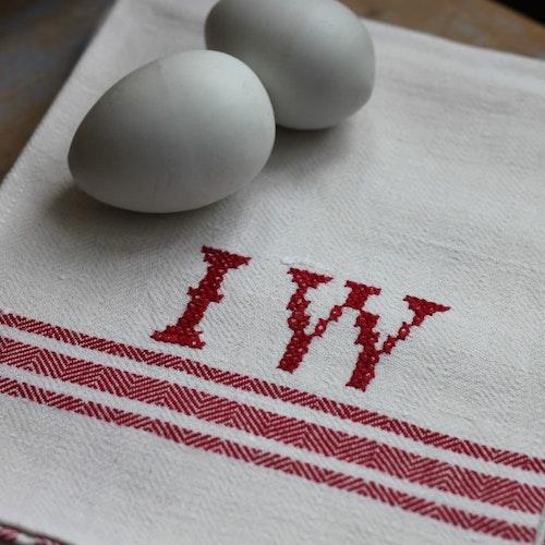 Handduk - Monogram IW Röd