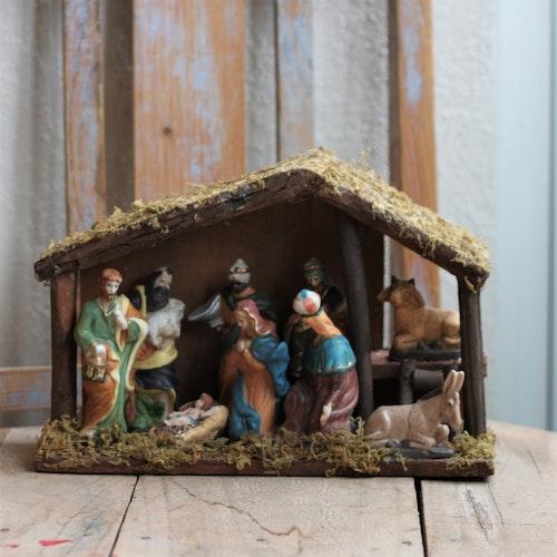 Julkrubba - Större med Fasta Figurer