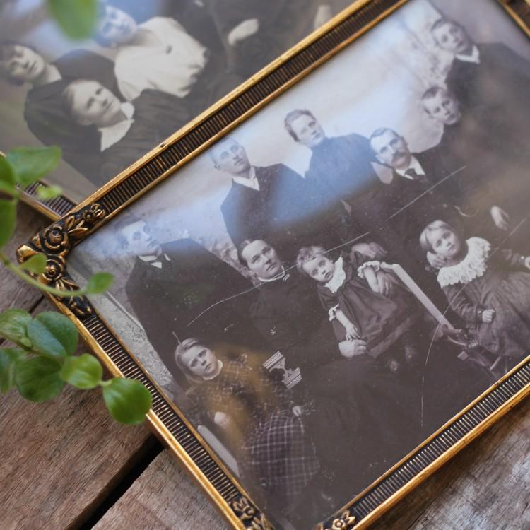 Fotografi - Två familjeporträtt i Ram