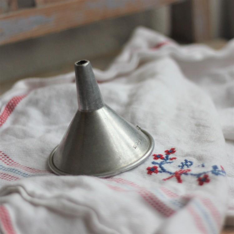 Köksredskap - Tratt Aluminium