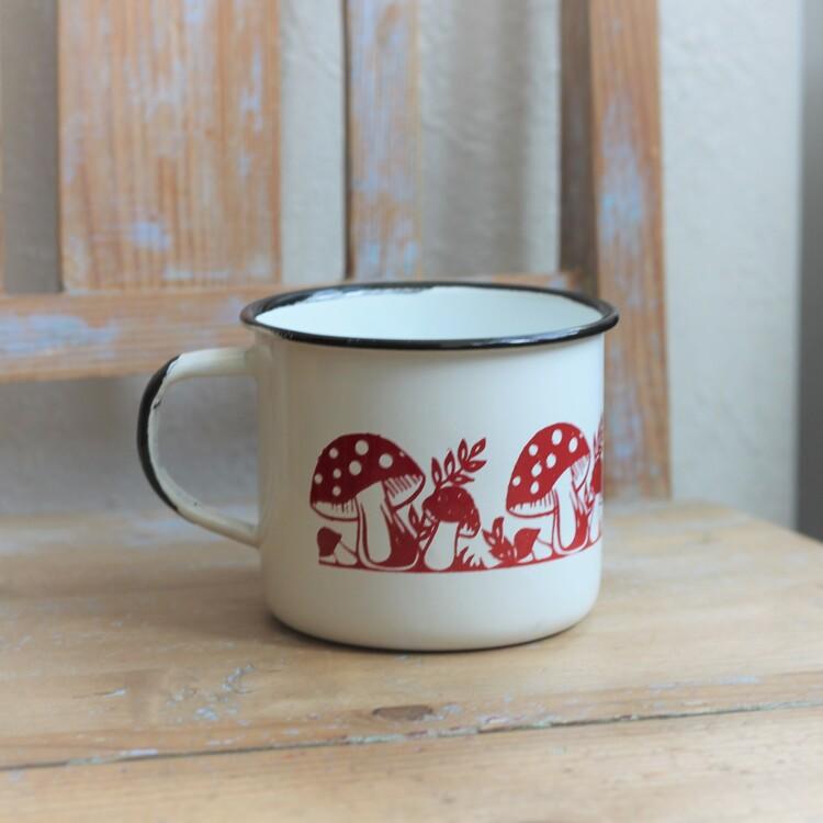 Mugg - Emalj Vit med Röda Svampar