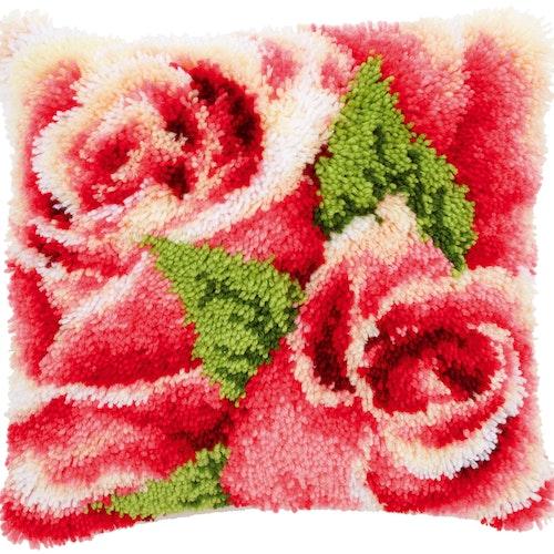 Nukkatyyny Rakkaus Ruusu
