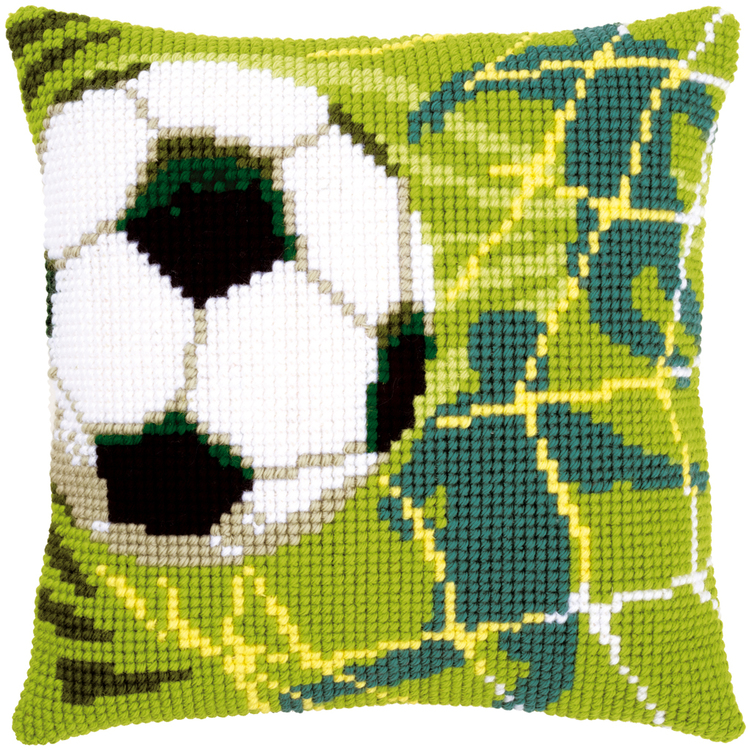 Ristipistotyyny jalkapallo