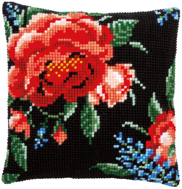 Ristipistotyyny hienostuneet ruusut II