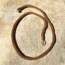 Halsband påtat