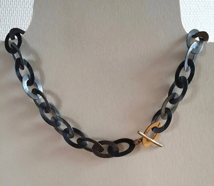 Halsband Oval
