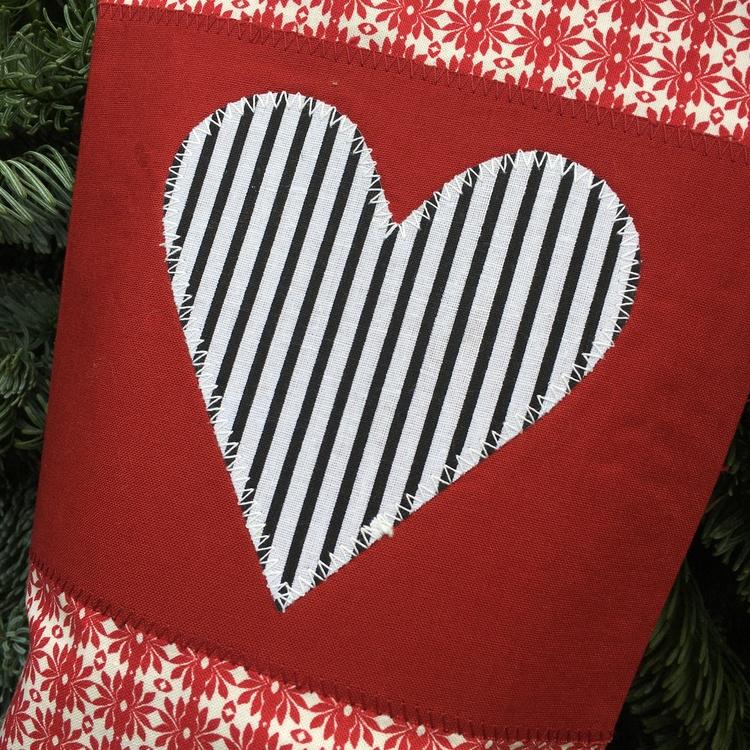 Julstrumpa randigt hjärta