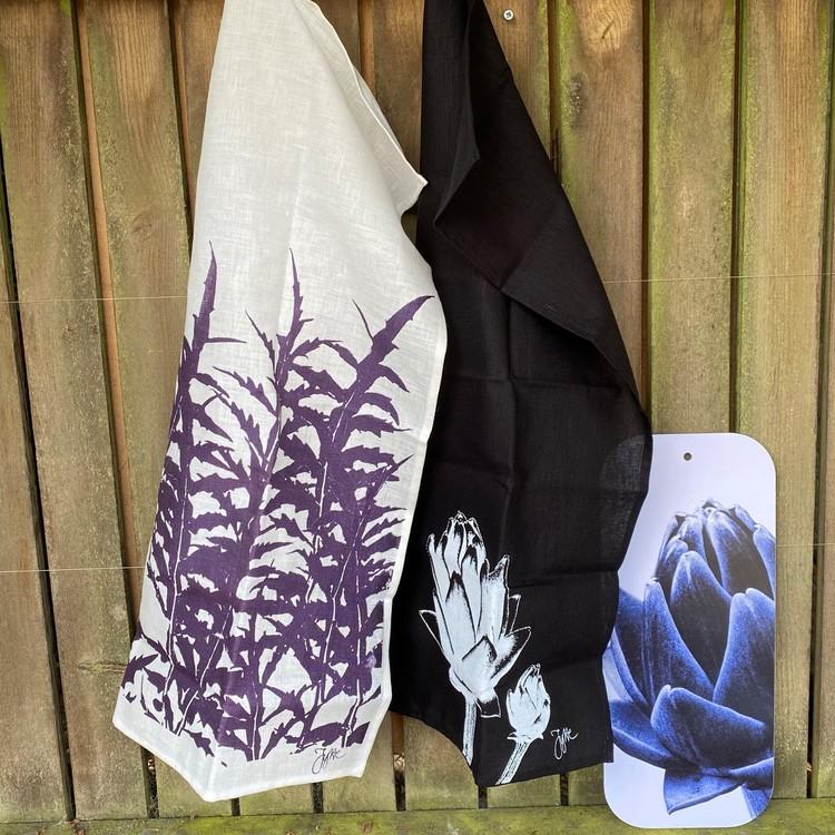 Kökshandduk  Kronärtskocksblad lila