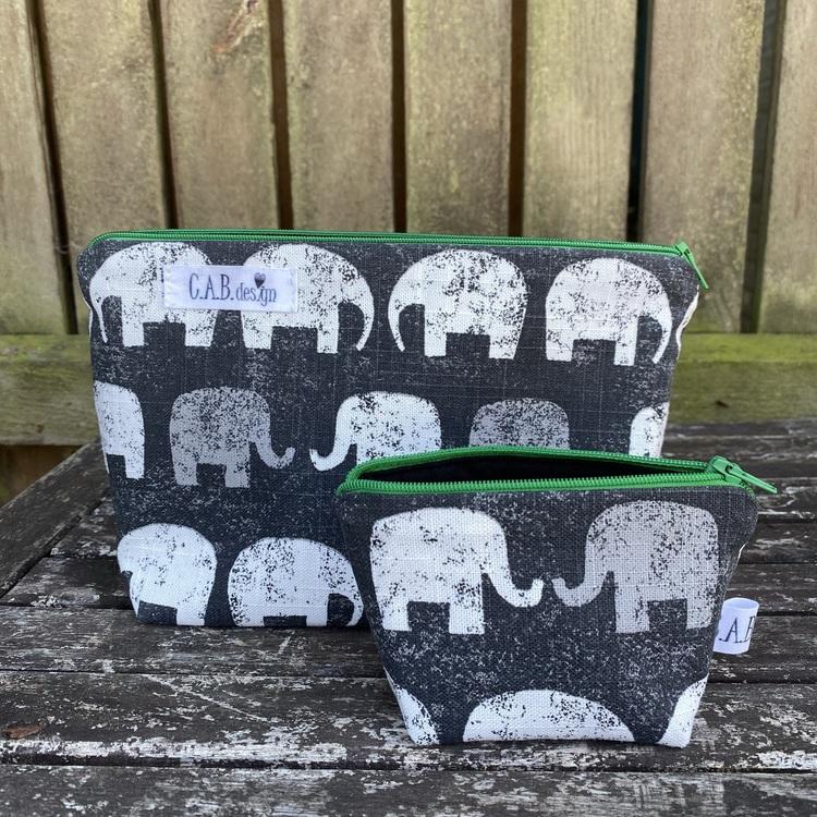 Necessär elefanter grön