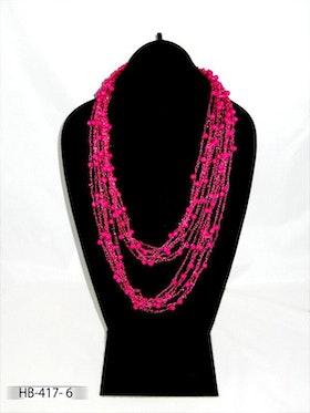 Fint halsband, mycket lätt smycke att bära.