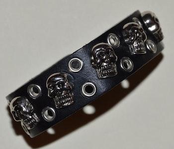 Armband Läder med Dödskallar Metall