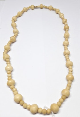 Kort halsband med kulor