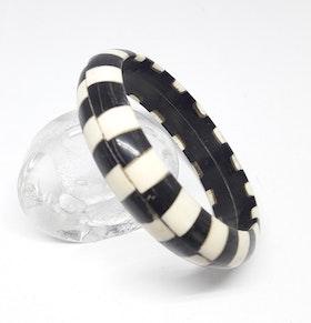 Stelt armband svart/vitt, av buffelben-/horn, A