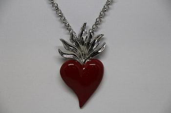 Halsband, rött hjärta, silvrig kedja, 28 cm