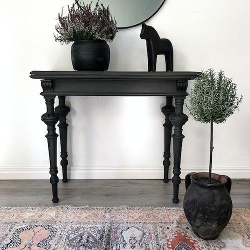 Antikt sidobord, avlastningsbord i mörkgrått