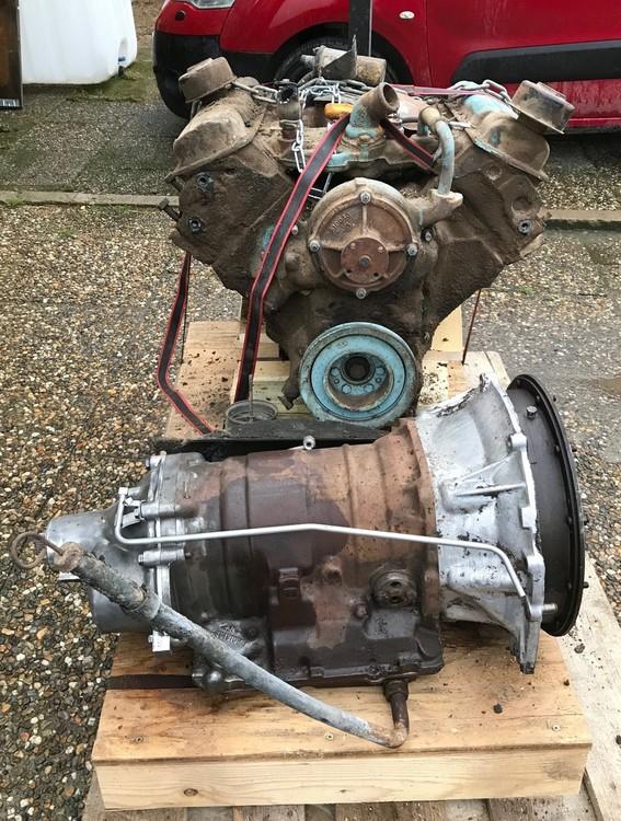 """Pontiac 1960 389""""  Motor och Låda"""