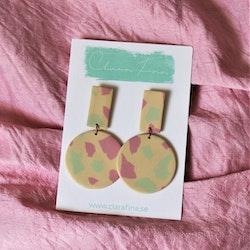 Rektangel och prick rosa, grön, gul terrazzo