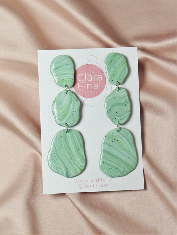 Stensamling tre gröna stenar