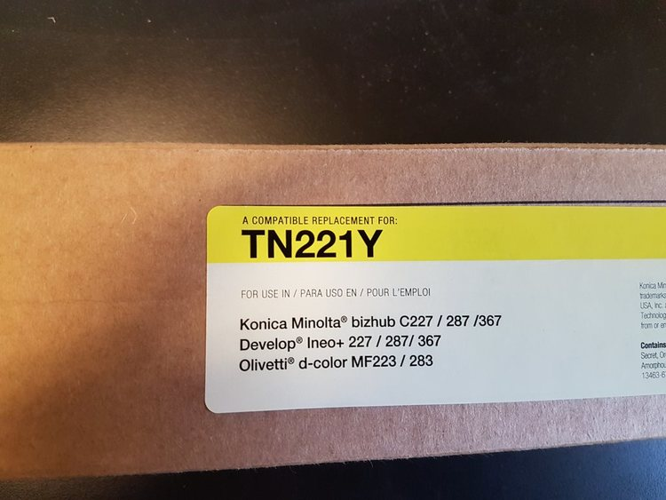 Toner TN221Y Yellow