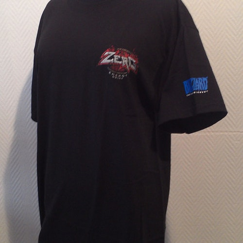 Star Craft 2 t-shirt - Zerg Rush