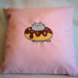 Pusheen kudde - Donut
