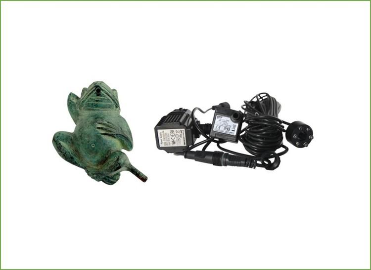 Fontänpaket; Groda, 12 cm, pump, ljus,  frakt