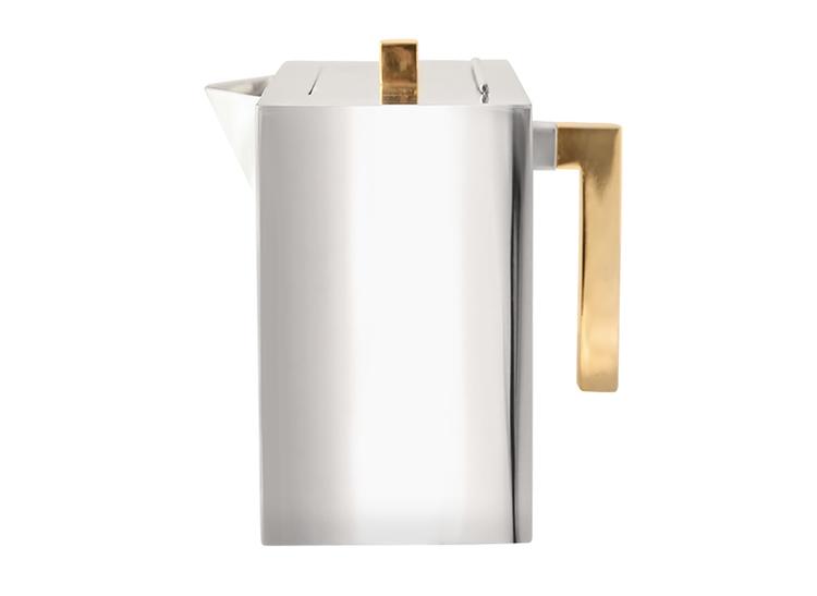 Kaffekanna i tenn, stor, hög modell,med förgylld knopp och handtag från Munka Sweden