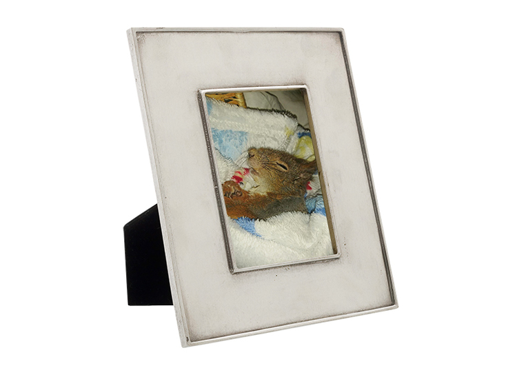 Axel, fotoram i tenn, 15 cm x 17 cm, från Munka Sweden