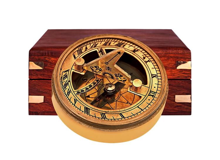 Kompass och solur i träask