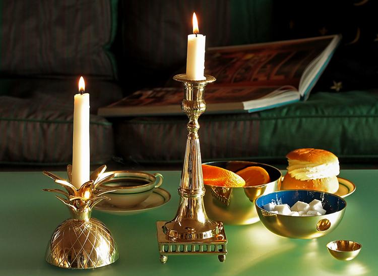 Klassisk ljusstake med gallerfot, Gusums Messing