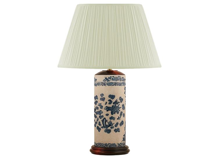 Lampfot i porslin, 30 cm i pennmodell med blå fiskar och krackelerad gråvitt botten