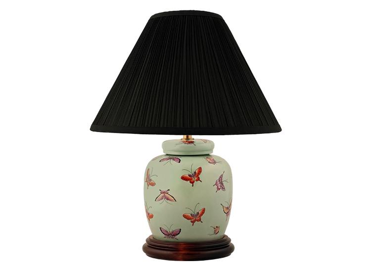 Lampfot i porslin, 17,5 cm, fjärilar på ljusgrön botten