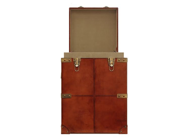 Stor förvaringsbox/sideboard i läder med innerlåda