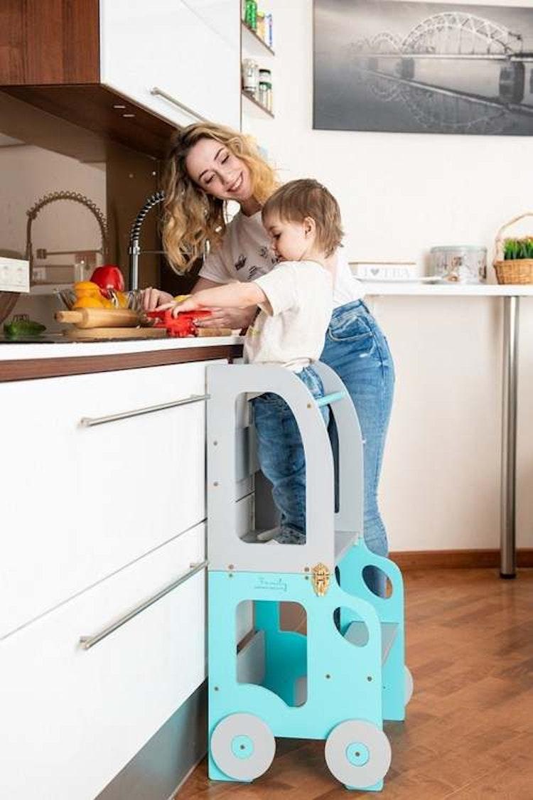 Kökspall för barn / bord och stol / Montessori pall