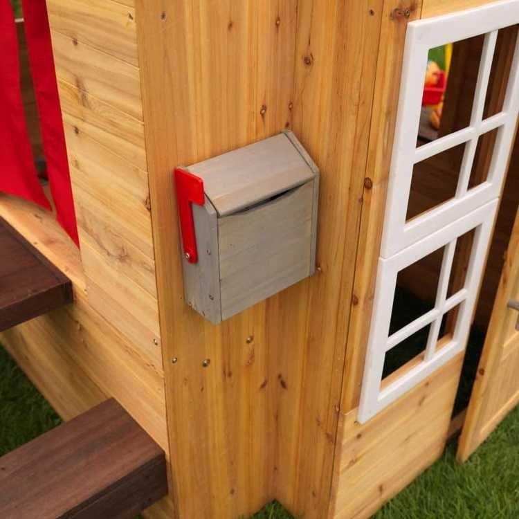 Modernt Utomhus lekstuga  Produktens mått: 158x124x180 cm Antal kartonger: 1 Vikt (ungefär): 58 kg