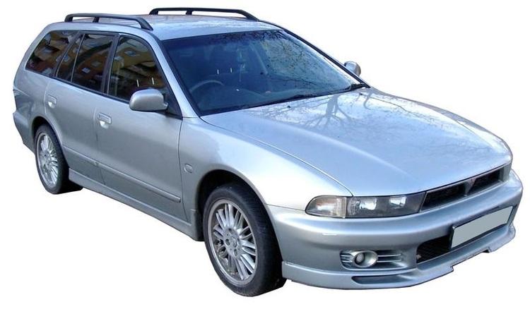 Solfilm til Mitsubishi Galant Stasjonsvogn. Ferdig tilpasset solfilm til alle Mitsubishi biler.