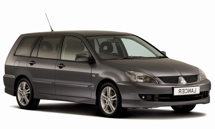 Solfilm til Mitsubishi Lancer Stasjonsvogn. Ferdig tilpasset solfilm til alle Mitsubishi biler.