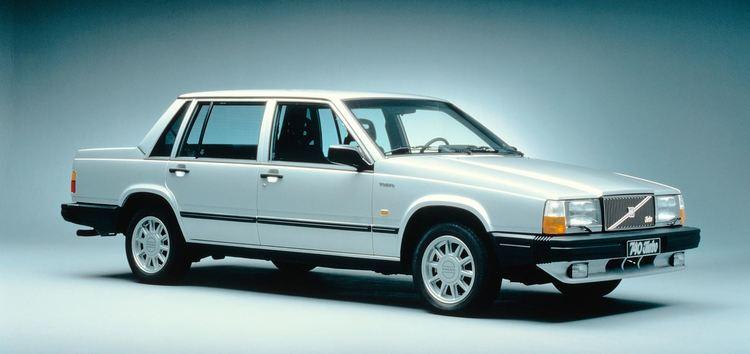 Solfilm til Volvo 740. Ferdig tilpasset solfilm til alle Volvo biler.