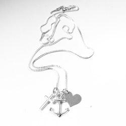 """Halsband """"Tro Hopp Kärlek"""" i silver"""