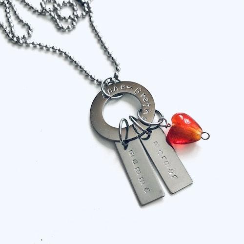 """Halsband  """"Emma"""" i stål med glashjärta"""